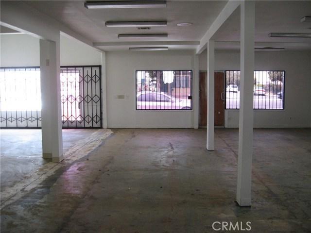 1214 N Wilmington N Avenue, Compton CA: http://media.crmls.org/medias/0180bf87-70e9-49f3-b9af-28c3fcf29a52.jpg