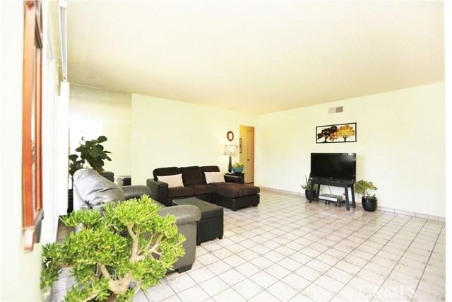 113 W Cliffwood Av, Anaheim, CA 92802 Photo 3