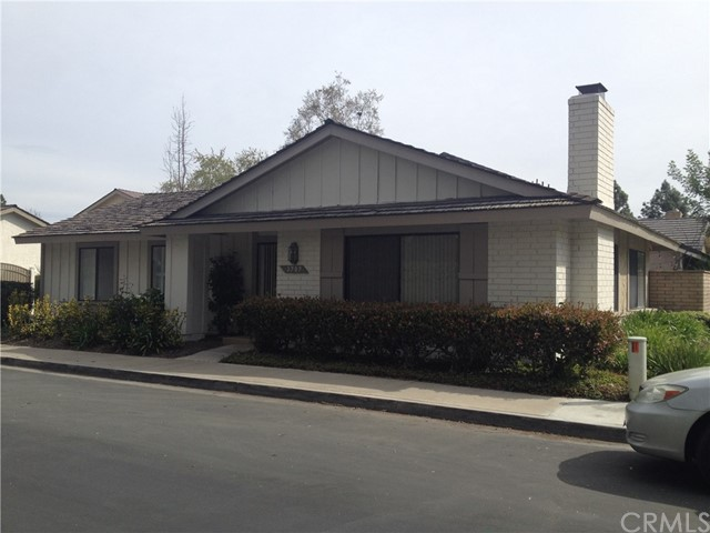 Single Family Home for Rent at 3707 Ocean Crest S Santa Ana, California 92704 United States