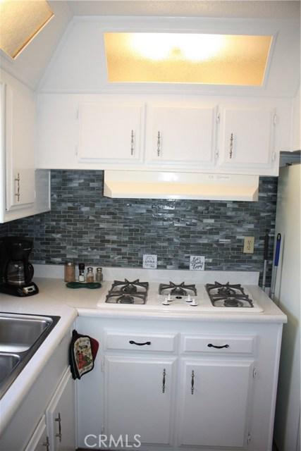 24815 S Normandie Avenue, Harbor City CA: http://media.crmls.org/medias/01a2fa84-50e2-419f-80db-0e6ec2778d93.jpg