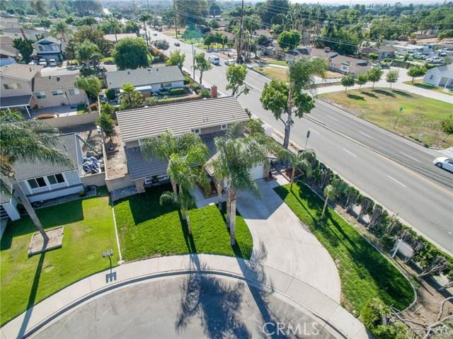 13304 Netzley Place, Chino CA: http://media.crmls.org/medias/01b3d85f-50e5-4a2a-97a8-b922d2668e1b.jpg