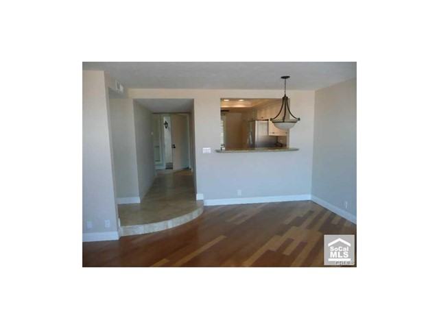 Photo 3 for Listing #OC17183847