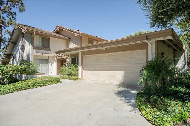 820 Via Zapata, Riverside CA 92507