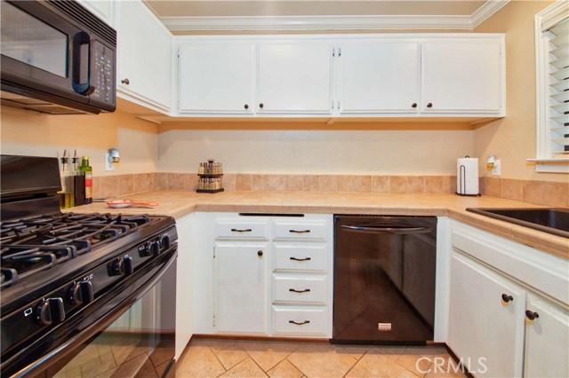 8319 Vineyard Avenue, Rancho Cucamonga CA: http://media.crmls.org/medias/01c0f257-c0de-4084-a112-516d9d26a160.jpg