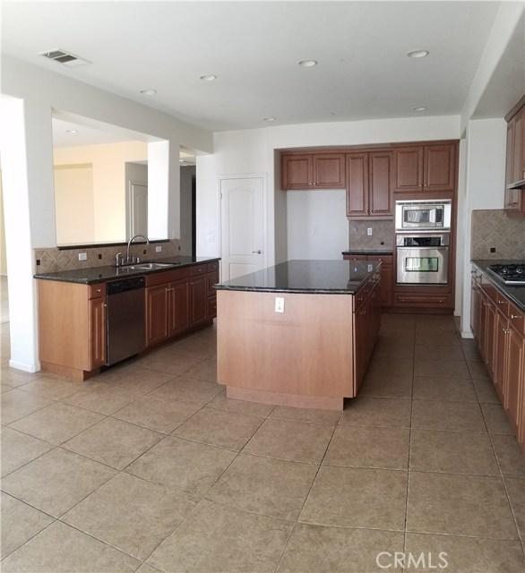 5643 Stoneview Road, Rancho Cucamonga CA: http://media.crmls.org/medias/01c752d1-b44c-41dd-ab35-4e0e3d2e34cc.jpg