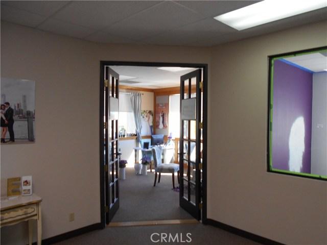 2922 E Chapman Avenue, Orange CA: http://media.crmls.org/medias/01c8a0f9-6022-4cd0-af81-6e1604f29002.jpg