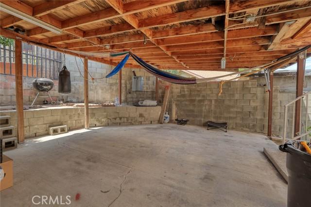 5682 ALDAMA Street, Highland Park CA: http://media.crmls.org/medias/01cb7da0-ef19-4b0a-9eea-7f84a5b55688.jpg