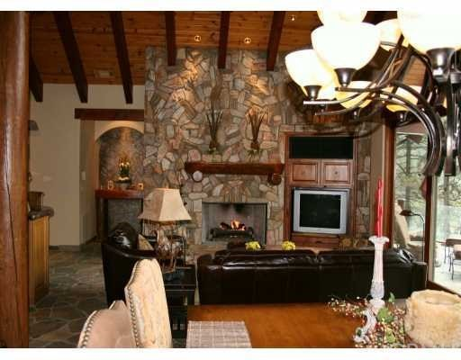 759 Brentwood Drive Lake Arrowhead, CA 92352 - MLS #: EV17232304