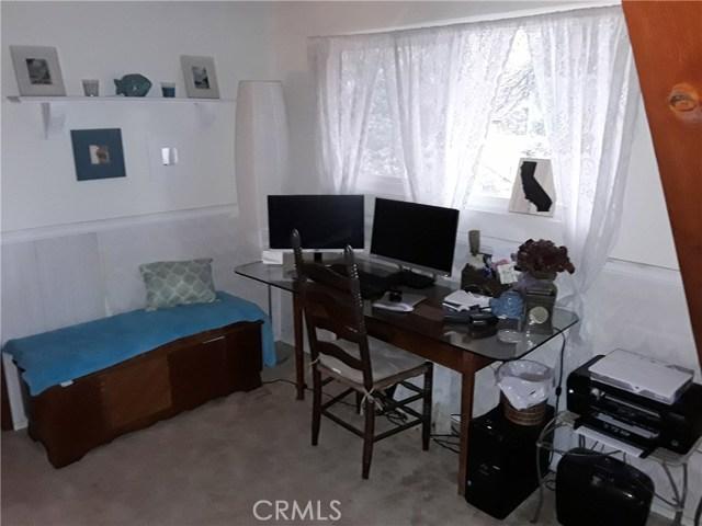 31347 Oakleaf Drive, Running Springs Area CA: http://media.crmls.org/medias/01ce7b45-d993-4190-9d17-6d75cfa529fa.jpg