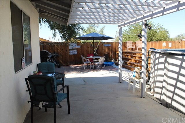 11033 Merino Avenue, Apple Valley CA: http://media.crmls.org/medias/01d4702c-9b2b-42c3-8ed7-e87b67a3c944.jpg