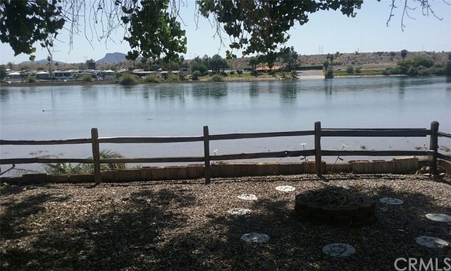 Fabricado / Vivienda Móvil por un Venta en 47 Parker Dam Road Big River, California 92242 Estados Unidos