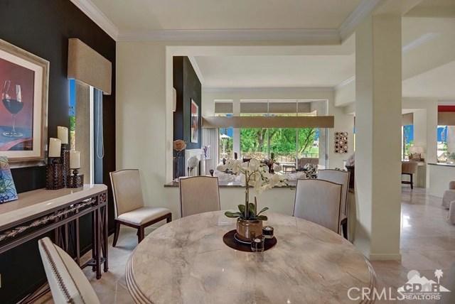 477 White Horse, Palm Desert CA: http://media.crmls.org/medias/01d68452-bec9-4c84-921e-d5edeaaa04f7.jpg