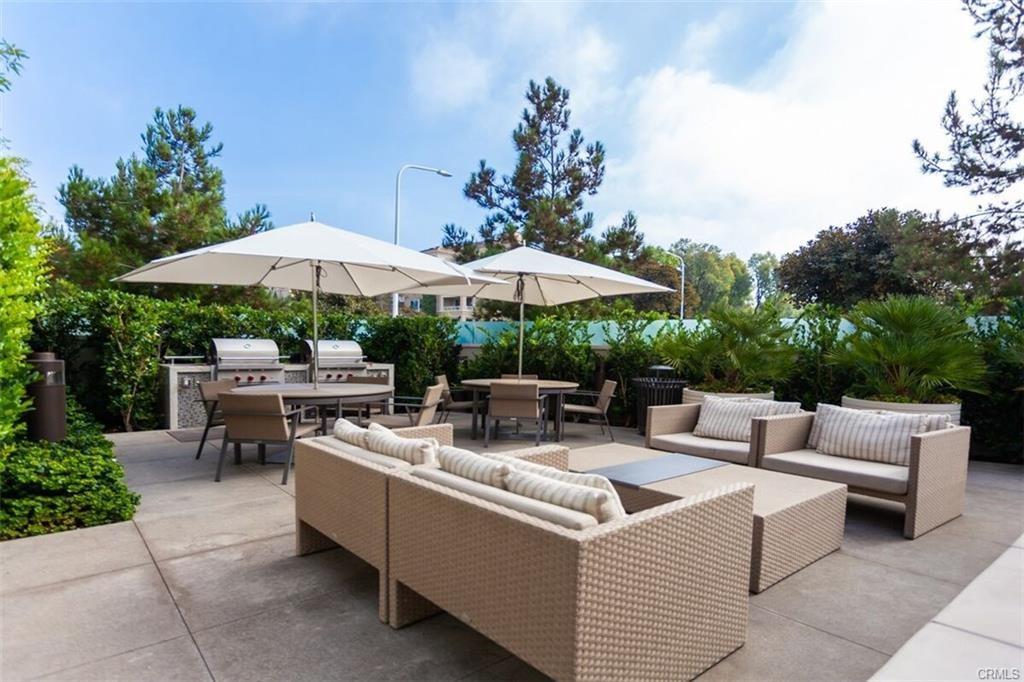 1319 Santa Barbara Drive, Newport Beach CA: http://media.crmls.org/medias/01d68ad8-d3df-42bd-8c8c-641d9da64880.jpg