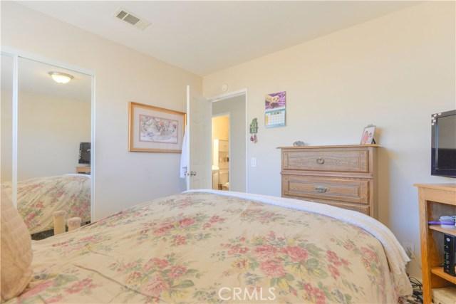 185 Madison Street, Oceanside CA: http://media.crmls.org/medias/01e30234-6eb1-4577-a92b-2bec90961359.jpg
