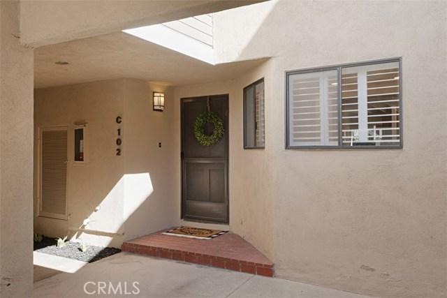 2554 Elden Avenue, Costa Mesa CA: http://media.crmls.org/medias/01e5c857-a77e-4b73-aa12-b5ef0e264956.jpg