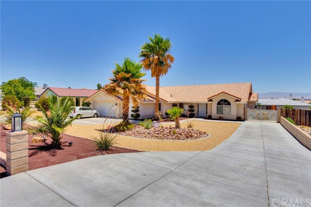 16273 Kamana Road, Apple Valley, CA, 92307