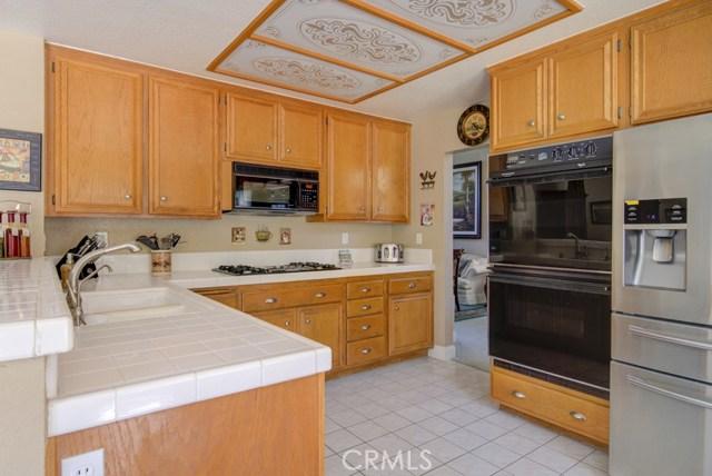 20912 MORNINGSIDE Drive, Rancho Santa Margarita CA: http://media.crmls.org/medias/01ecda03-d4c6-4325-9c5f-3b1c2e051840.jpg