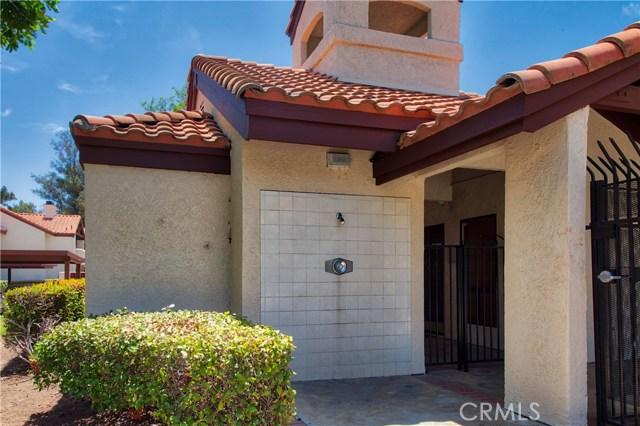 8319 Vineyard Avenue, Rancho Cucamonga CA: http://media.crmls.org/medias/01f5a3df-8c7a-48a9-a865-0f1180dbddae.jpg