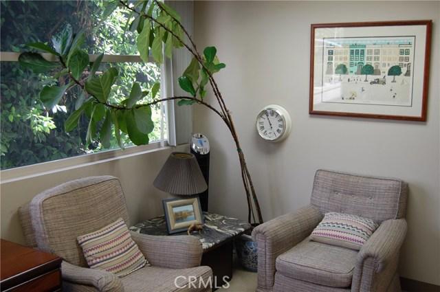 499 N Canon Drive Unit 206 Beverly Hills, CA 90210 - MLS #: TR18238654