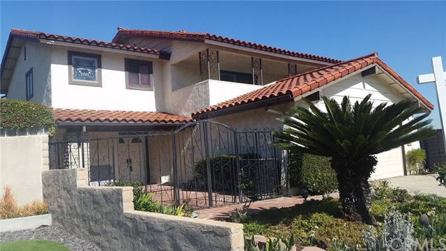 BIG PRICED REDUCED $77,000  TAKE ANOTHER LOOK   ONE OF THE LOWEST PRICED Rancho Palos Verdes 3 bedroom two story home located in cul de sac street.. Check out the View - View - View.  Approx. 2,462 sq. ft. Of living space, attached 2 car garage, fireplaces, open kitchen,  natural gas fire pit, etc.,