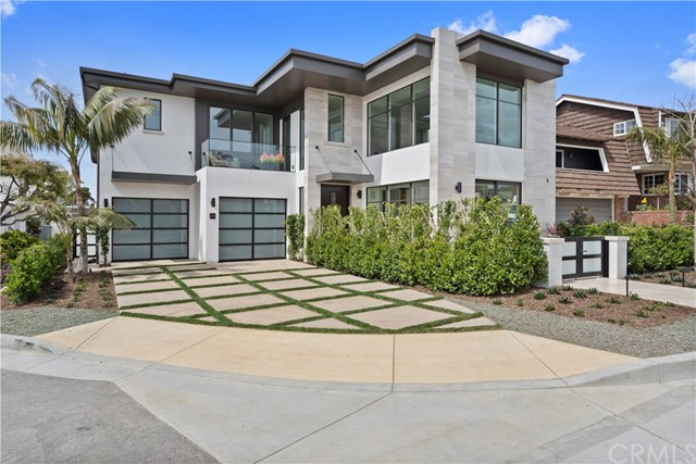 Photo of 261 Evening Canyon Road, Corona del Mar, CA 92625