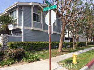 2003 Artesia Boulevard, Los Angeles, California 90504, 2 Bedrooms Bedrooms, ,2 BathroomsBathrooms,TOWNHOUSE,For sale,Artesia,SB16048127