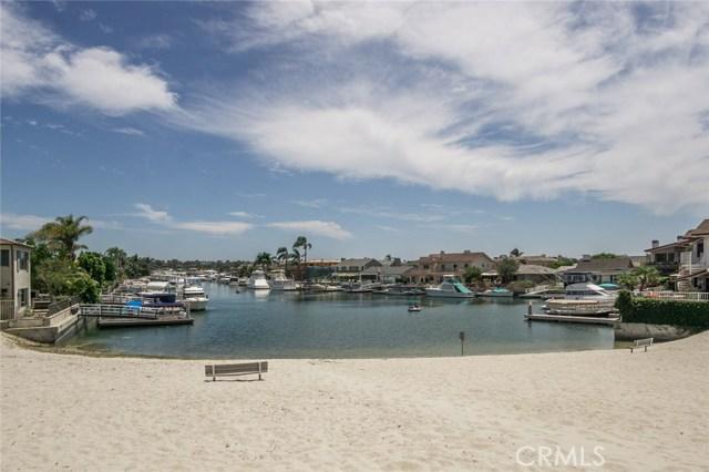 1734 Santiago Drive, Newport Beach CA: http://media.crmls.org/medias/026a2cba-a54f-4e95-9167-7754597a0bb9.jpg