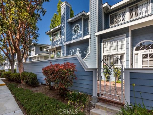 19125  BEACHCREST Lane, Huntington Beach, California