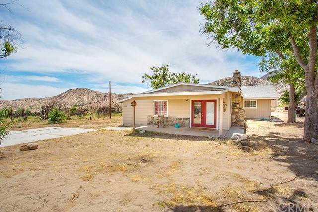 Single Family Home for Sale at 4625 Bobolink Drive Lytle Creek, California 92358 United States