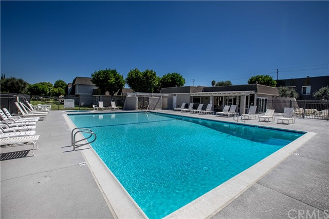 2163 W Essex Cr, Anaheim, CA 92804 Photo 31