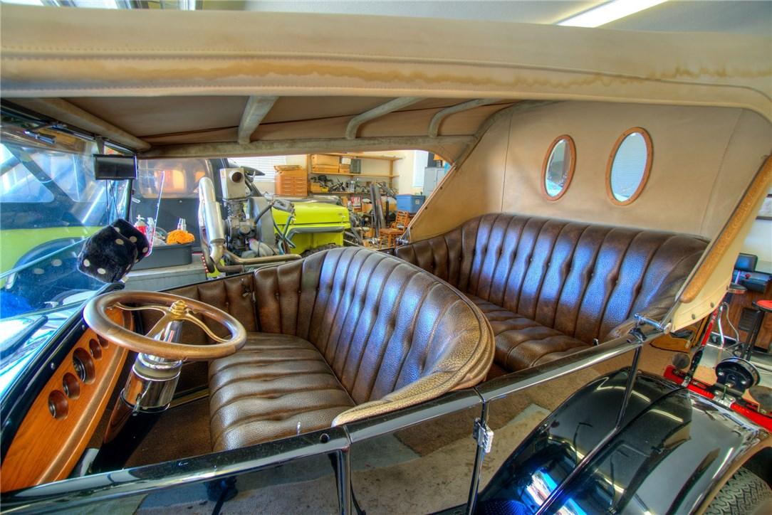 10827 Skyview Drive, Kelseyville CA: http://media.crmls.org/medias/029875cd-c176-4138-85b6-d466aae3c0c6.jpg