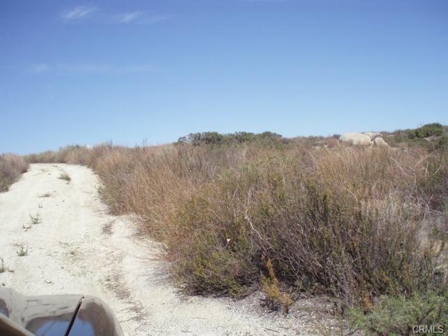 41120 Jojoba Hills Circle, Aguanga CA: http://media.crmls.org/medias/02a2b48a-5f99-4e2c-b276-86b97e127304.jpg