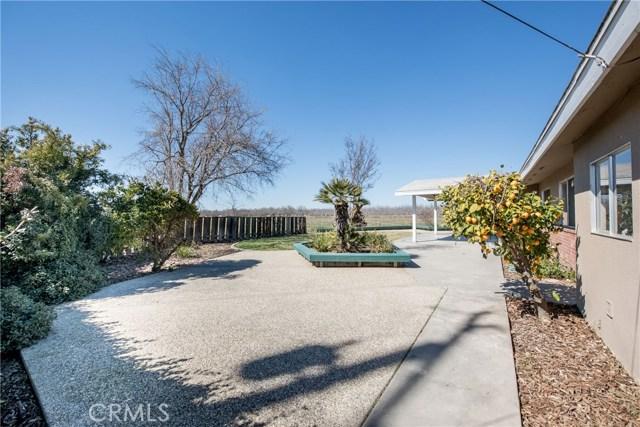13640 Lacey Boulevard, Hanford CA: http://media.crmls.org/medias/02b4164e-db16-4692-9688-130277ae925c.jpg