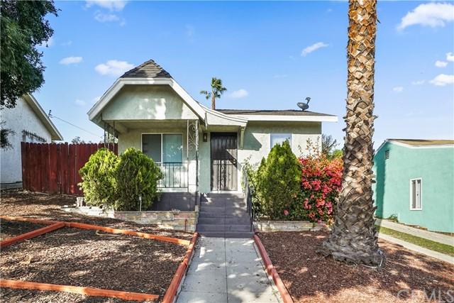 Duplex for Sale at 533 E Fairview Boulevard 533 E Fairview Boulevard Inglewood, California 90302 United States