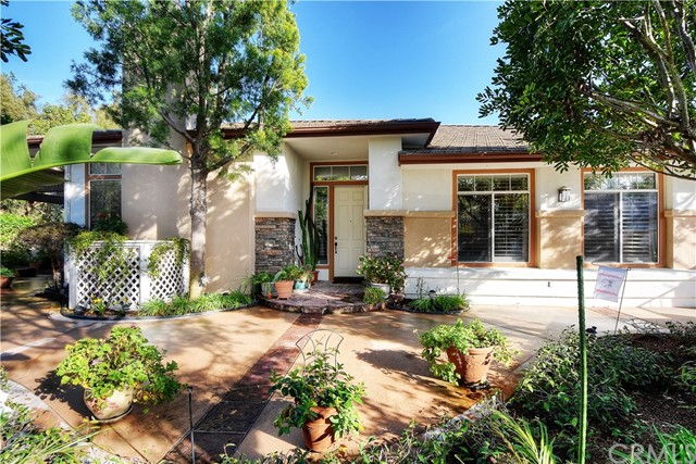 52 Bogey Lane Coto de Caza, CA 92679 is listed for sale as MLS Listing OC17026686