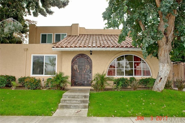 Townhouse for Rent at 8222 Slater Avenue Huntington Beach, California 92647 United States