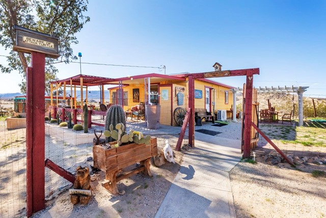 3450 Moonglow Road, 29 Palms, CA, 92277