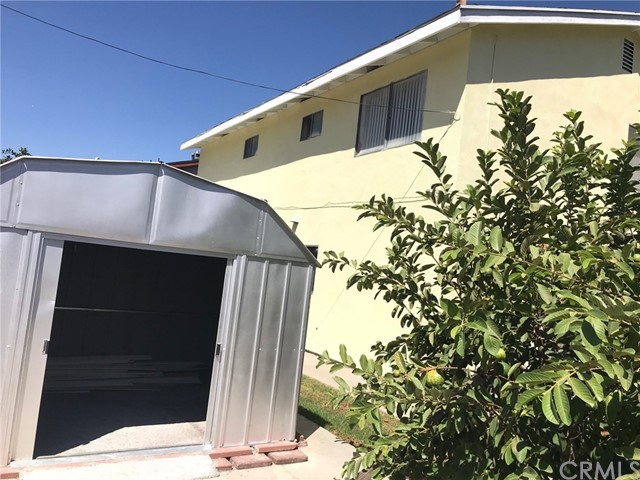 11952 Cherrylee Drive, Los Angeles CA: http://media.crmls.org/medias/02ed0ab4-dd1b-4a9d-a4c3-4ca291357573.jpg