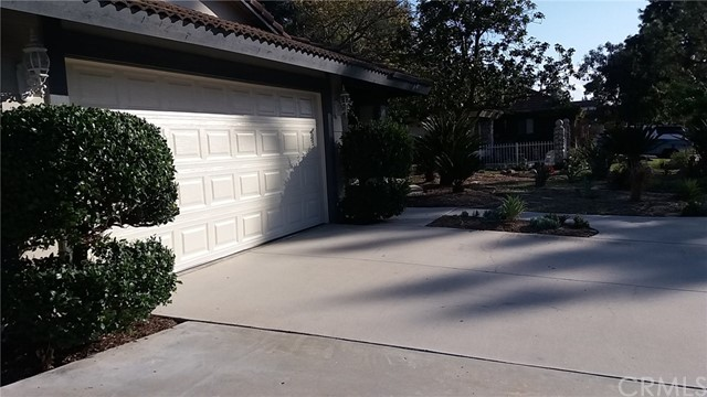 1126 Crestsprings Lane Riverside, CA 92506 - MLS #: PW18095875