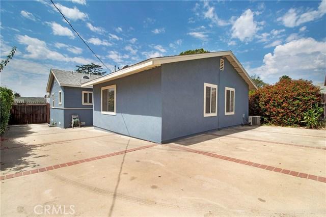 421 W Poppyfields Drive, Altadena CA: http://media.crmls.org/medias/02f5caab-f4b1-4ad6-b826-a731f2cd51b1.jpg