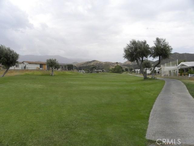 40897 Laredo, Cherry Valley CA: http://media.crmls.org/medias/03139ec4-4af6-4b35-9aa2-1fb9b049a032.jpg