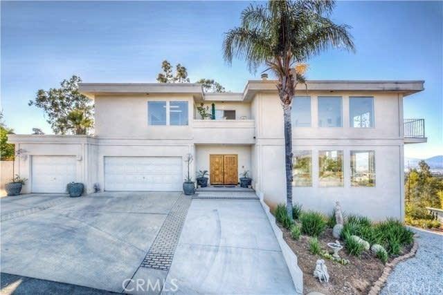 2014 Vinton Way Redlands CA 92373