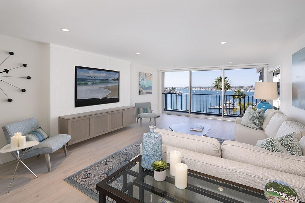2525 Ocean Boulevard, Corona del Mar CA: http://media.crmls.org/medias/031d9a82-3282-4711-8bcf-700b3b76031b.jpg