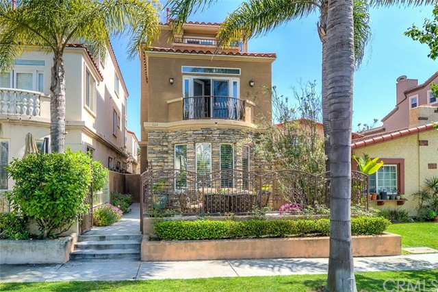 Single Family Home for Sale at 622 21st Street Huntington Beach, California 92648 United States