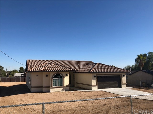 18324 Danbury Avenue,Hesperia,CA 92345, USA