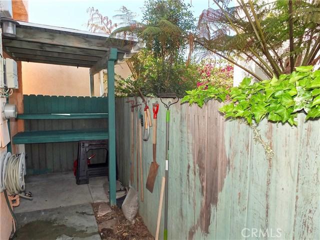 1608 Ohio Avenue, Long Beach CA: http://media.crmls.org/medias/034185cd-1935-49f5-941b-16731e0f9d42.jpg