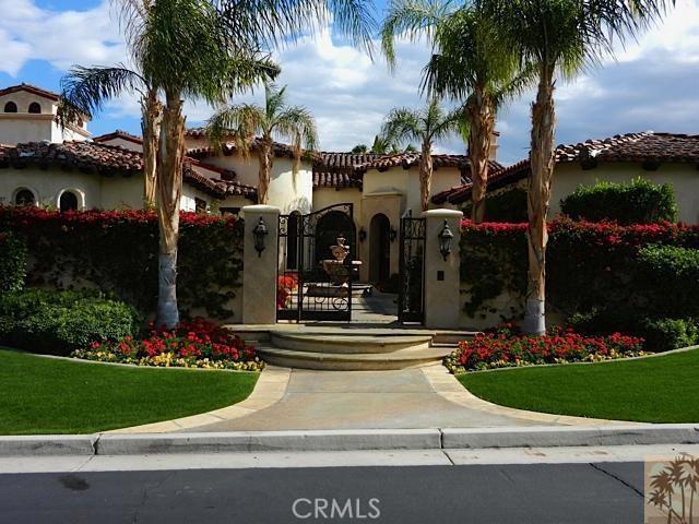 79281 Tom Fazio Lane, La Quinta CA: http://media.crmls.org/medias/034303eb-8cd7-401e-bed1-a18d7a2888c9.jpg