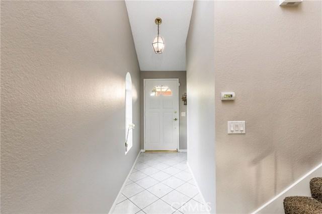 1484 3rd Street, La Verne CA: http://media.crmls.org/medias/03442306-d0e5-4f8f-84c1-0c4c46b6038b.jpg