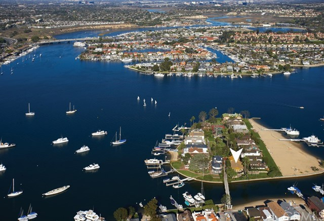 Photo of 22 Bay Island, Newport Beach, CA 92661