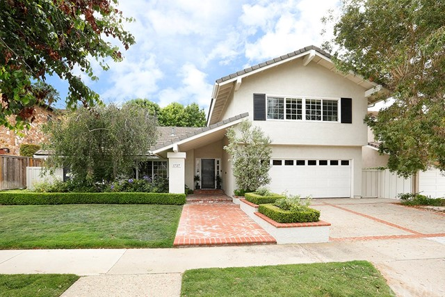 1727 Port Stirling Place Newport Beach, CA 92660